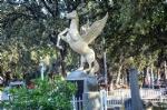Pegasus Heykeli