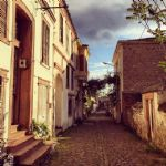 Cunda'nın Arnavut kaldırımlı Taş Sokakları