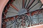 Ayvalık Sokakları Tarihi Kapılar