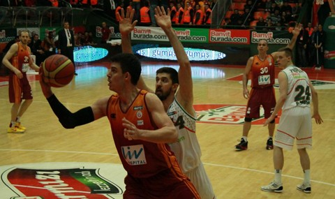 Banvit:83 - Galatasaray Liv Hospital:72
