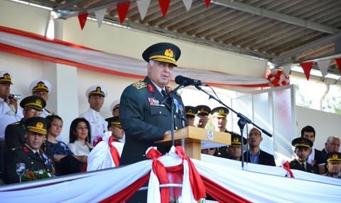 Genel Kurmay Ba�kan� �zel Bal�kesir'de Mezuniyet T�renine Kat�ld�