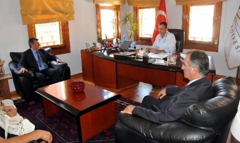 Balbay�dan Belediye Ziyareti