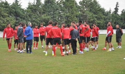 Bal�kesirspor, Galatasaray Ma��na Haz�r