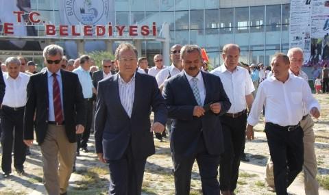 B�y�k�ehir Belediye Ba�kan� Edip U�ur�dan Burhaniye�ye Tam Destek