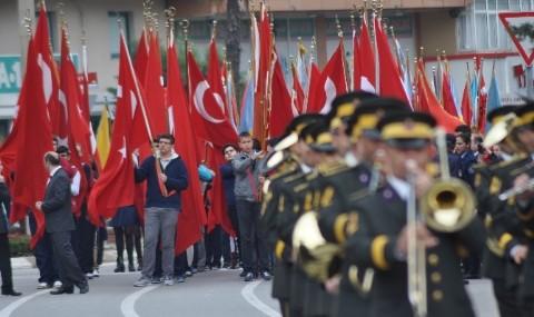 Bal�kesir�de Cumhuriyet Bayram� Kutlamalar�