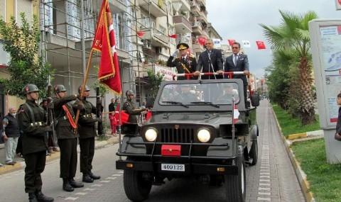 Edremit�te Cumhuriyet Co�kusu