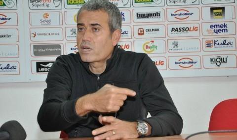 Bal�kesirspor Teknik Direkt�r� Kemal �zde�:'Hafta Sonu Ba�lang�� Yapmak �stiyoruz.'