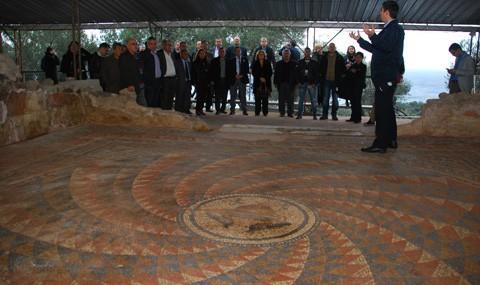 Ba�kan Saka ve Meclis �yeleri Antandros'u Gezdi