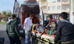 Ar�zal� Ambulans Az Daha �ld�r�yordu