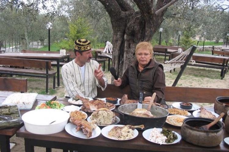 Nostalji Tatil Köyünde Röportaj