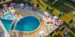 Green Gold Hotel Ku�adas�