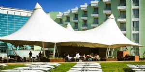 Hotel Grand Belish Ku�adas�
