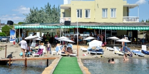 �zen Pansiyon Cafe Beach
