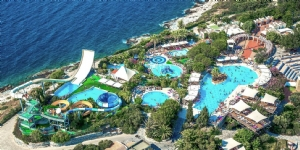 Pine Bay Holiday Resort Otel