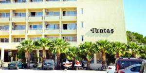 Tunta� Hotel