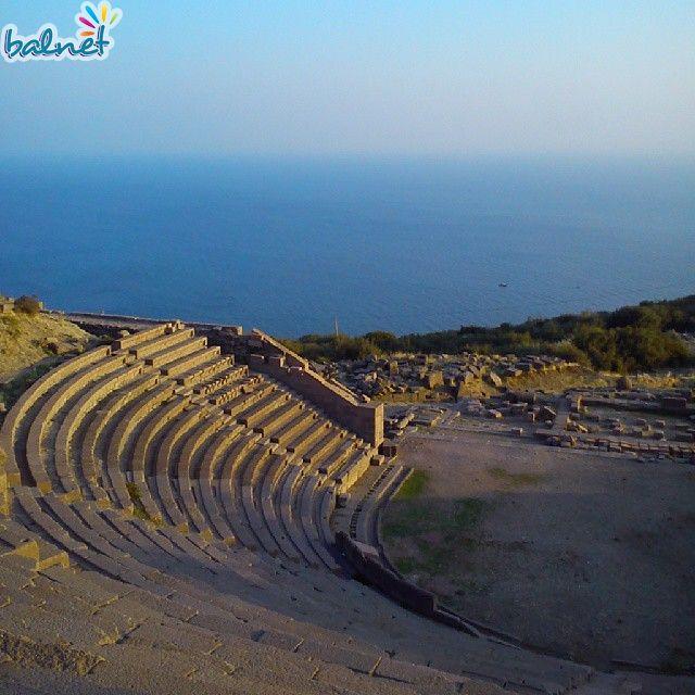 Assos Amfi Tiyatro