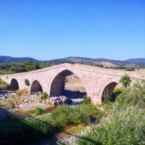 Behramkale Hüdavendigar Camisi ve Behramkale Hüdavendigar Köprüsü